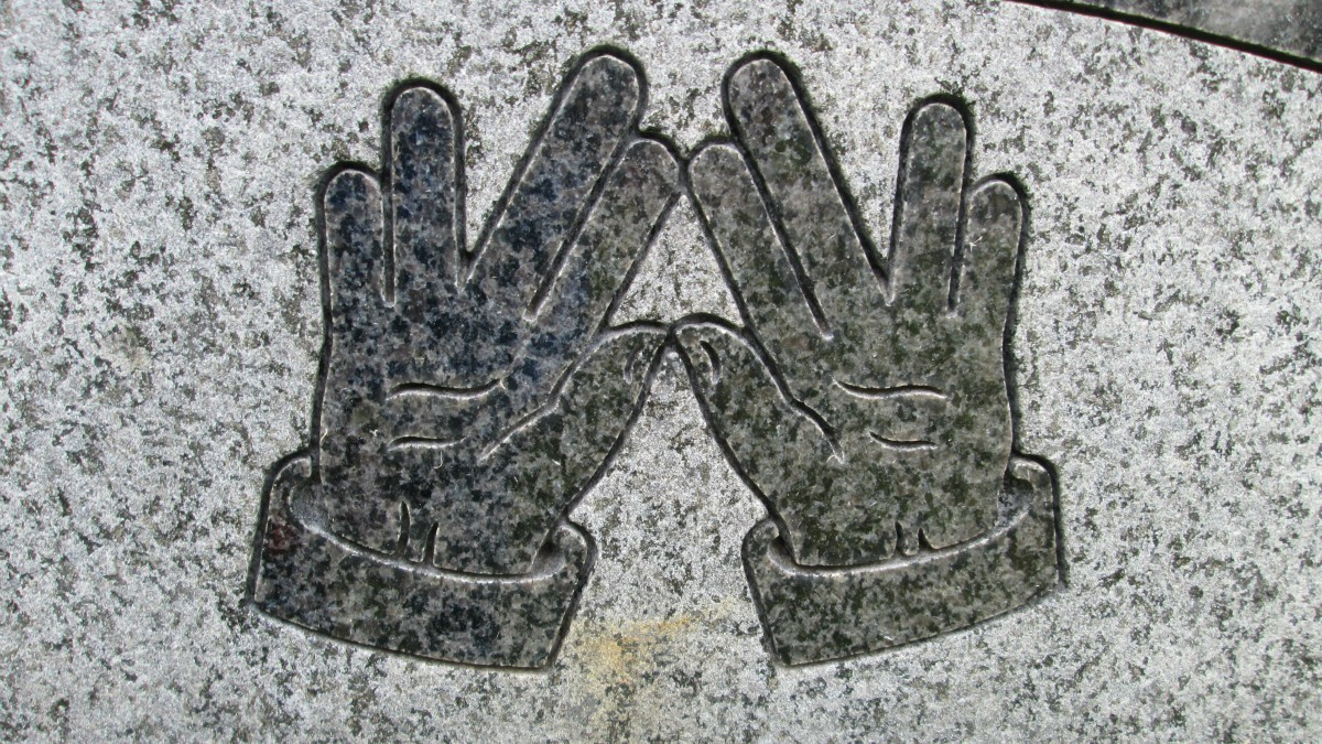 Here Are 10 More Gravestone Symbols Deciphered The 13th Floor