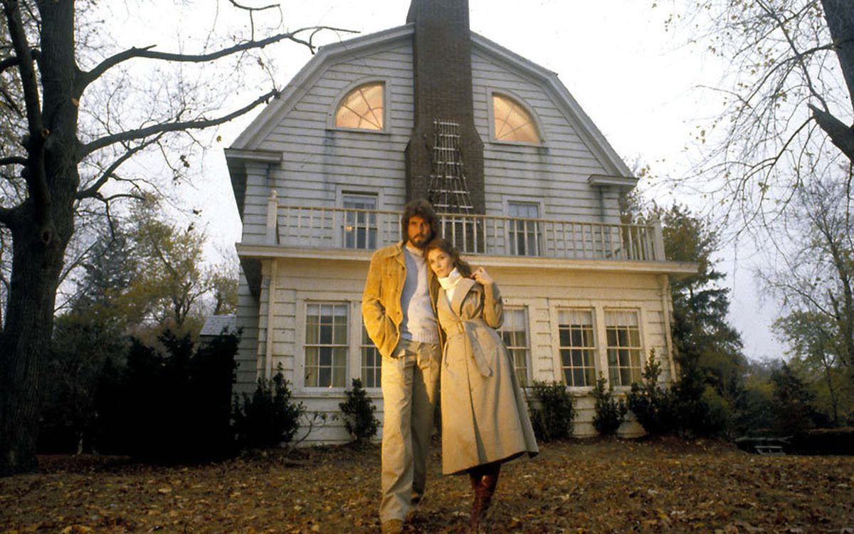 The amityville hoax vs the amityville reality the 13th for Famous haunted houses for sale