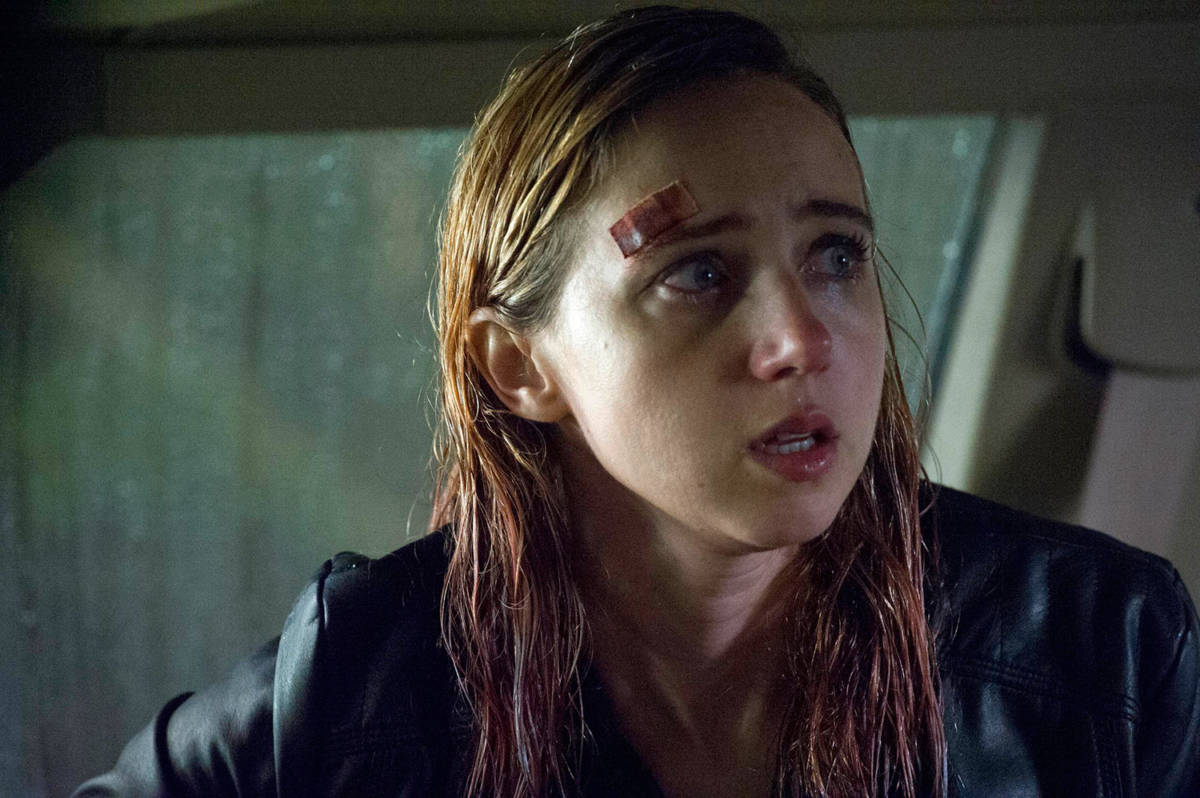 first-look-bryan-bertinos-a24-horror-there-are-monsters-starring-zoe-kazan-2
