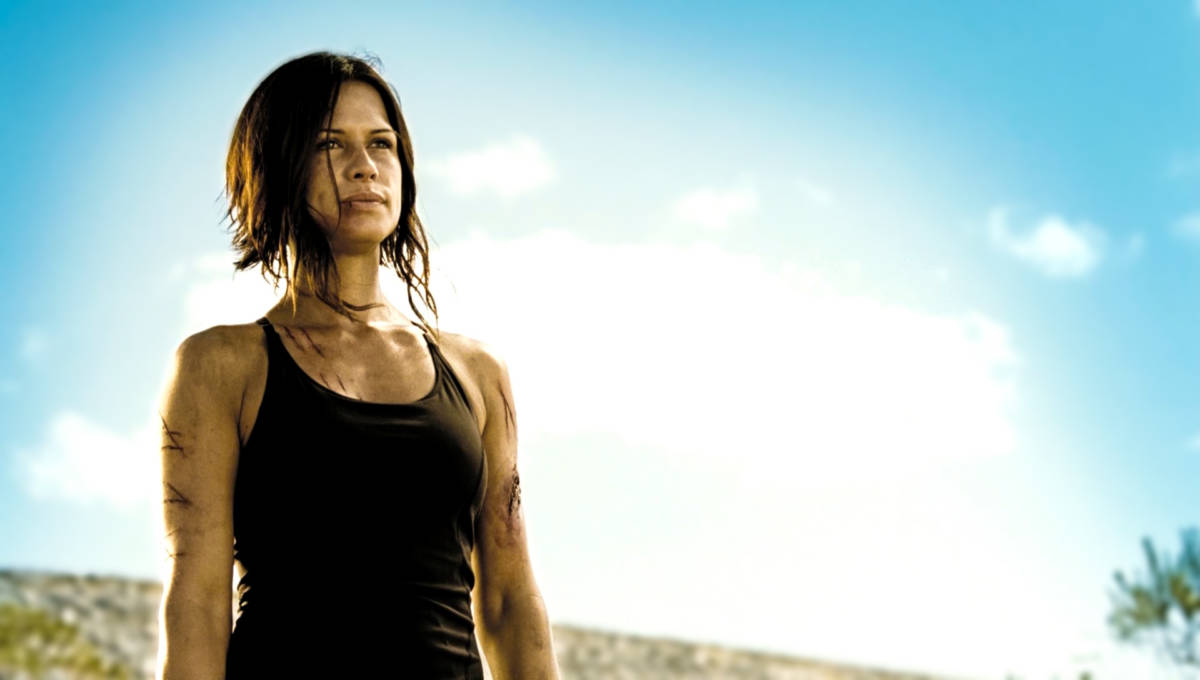 rhona-mitra-doomsday-haircut-wallpaper-1