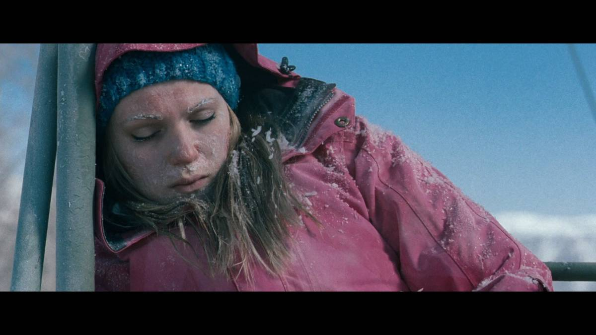 The Real Life FROZEN: Woman Stranded On Ski Lift For 5 Hours – The 13th  Floor